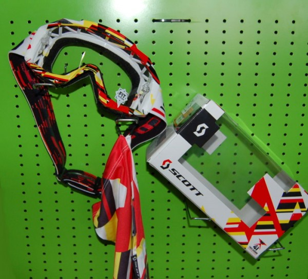 SCOTT Motocross Brille HUSTLE MX weiss-rot-gelb
